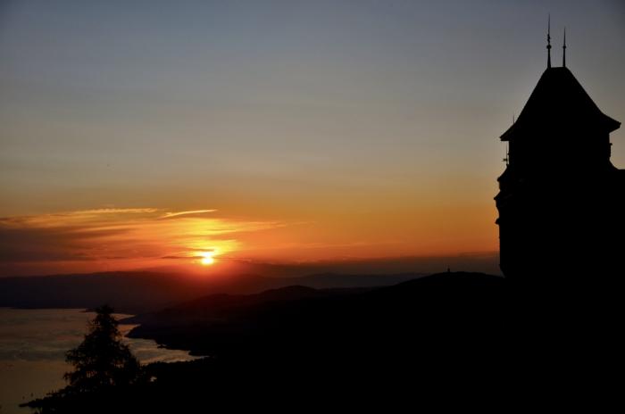 sunsetovermontreux
