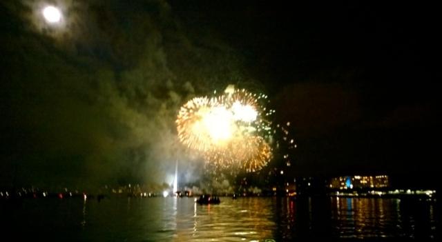 gvafireworks2014-3